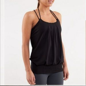 Lululemon Flow and Go Tank in excellent condition